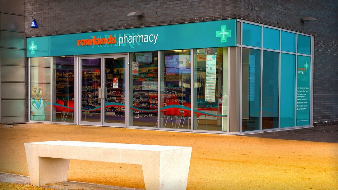 Phoenix group einzelhandel rowlands pharmacy